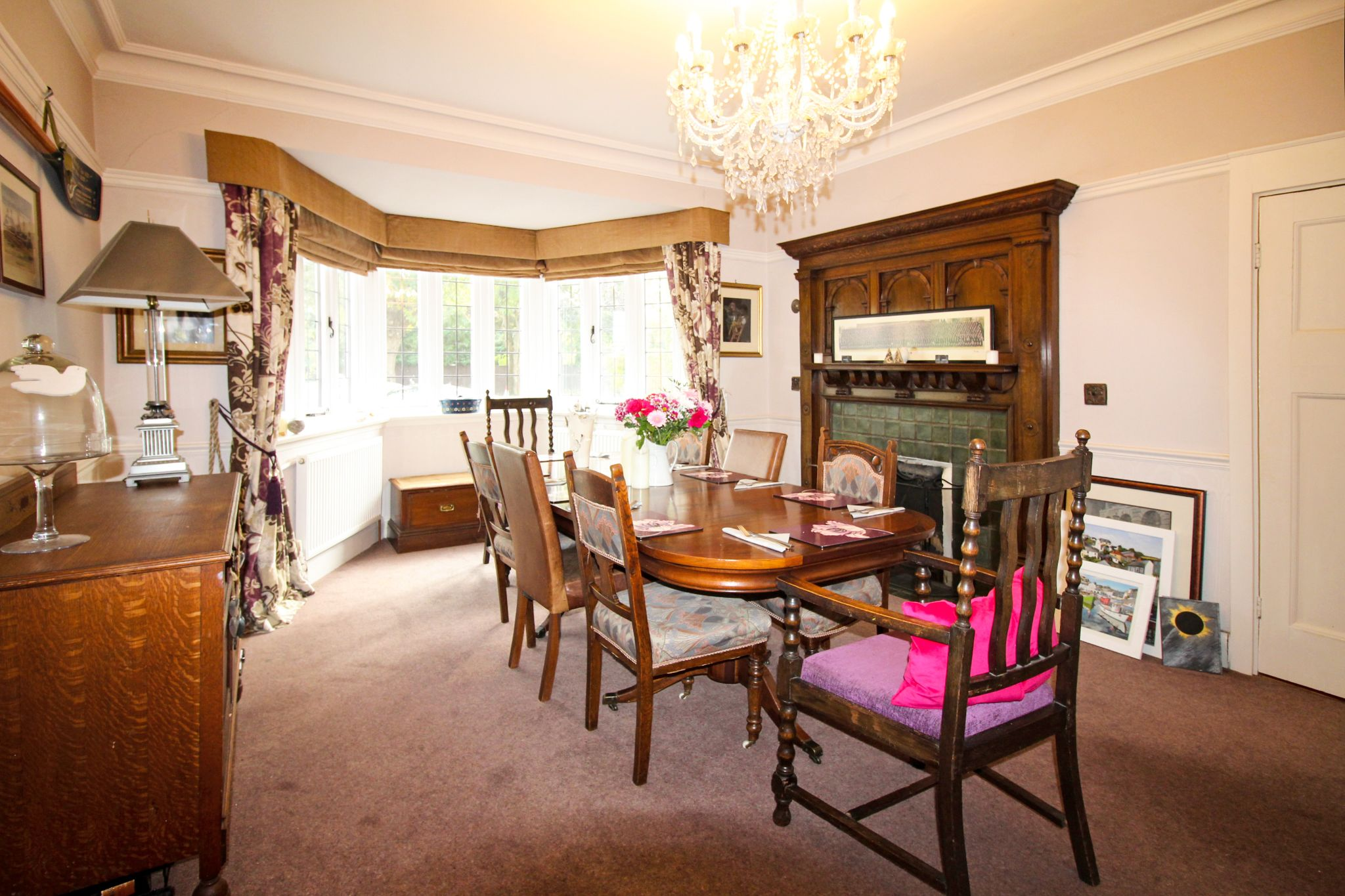 5 bedroom detached house For Sale in Solihull - Photograph 9.