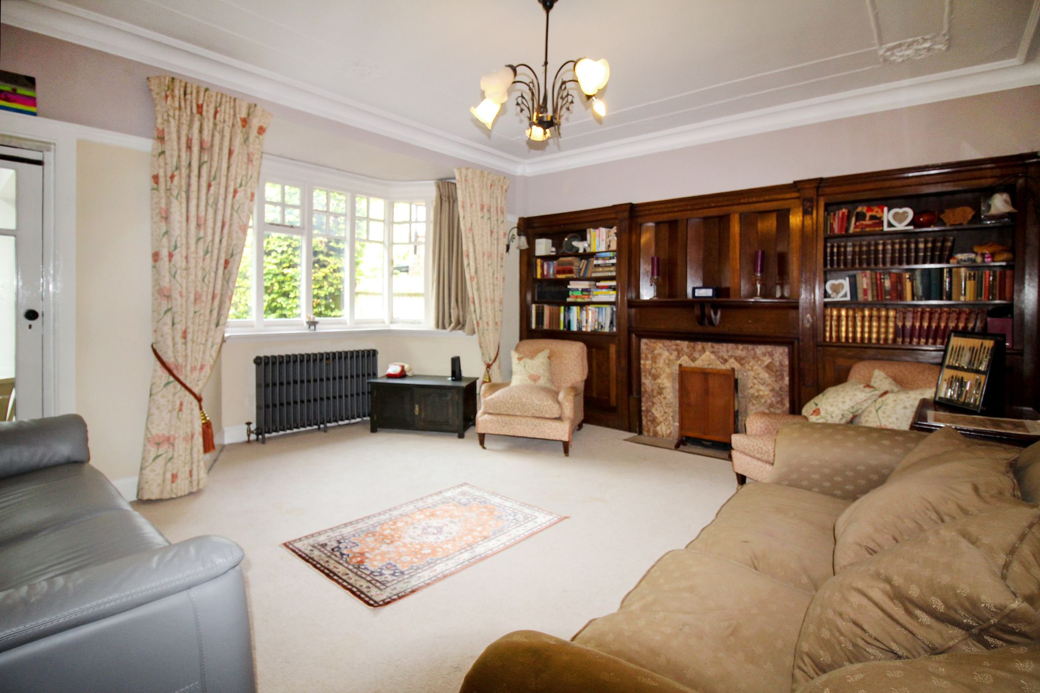 5 bedroom detached house For Sale in Solihull - Photograph 8.
