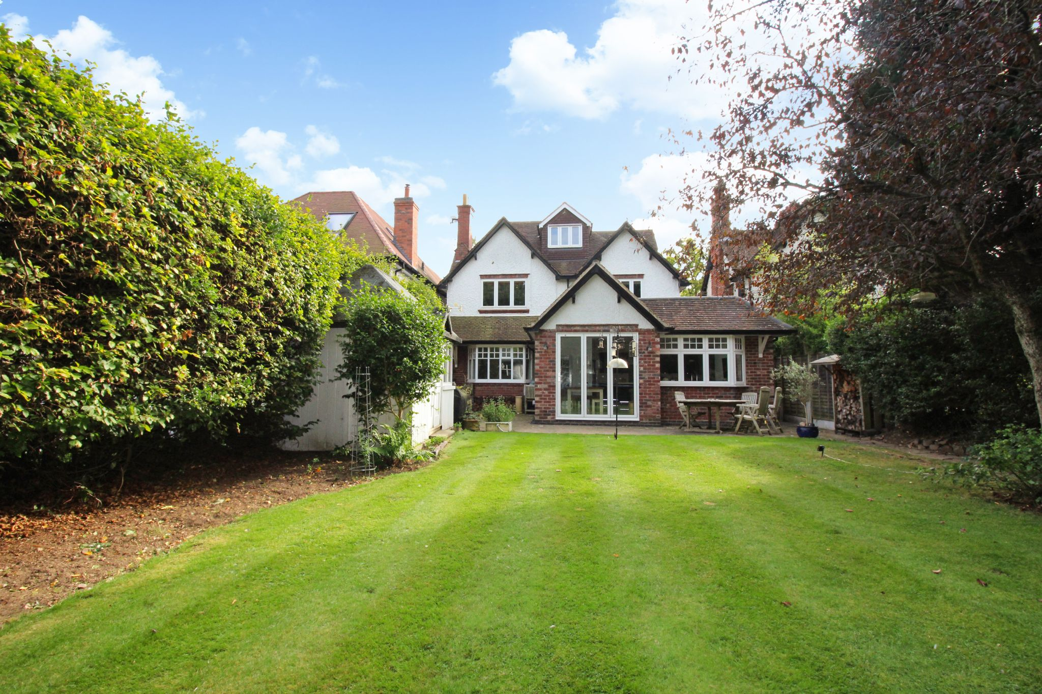5 bedroom detached house For Sale in Solihull - Photograph 19.