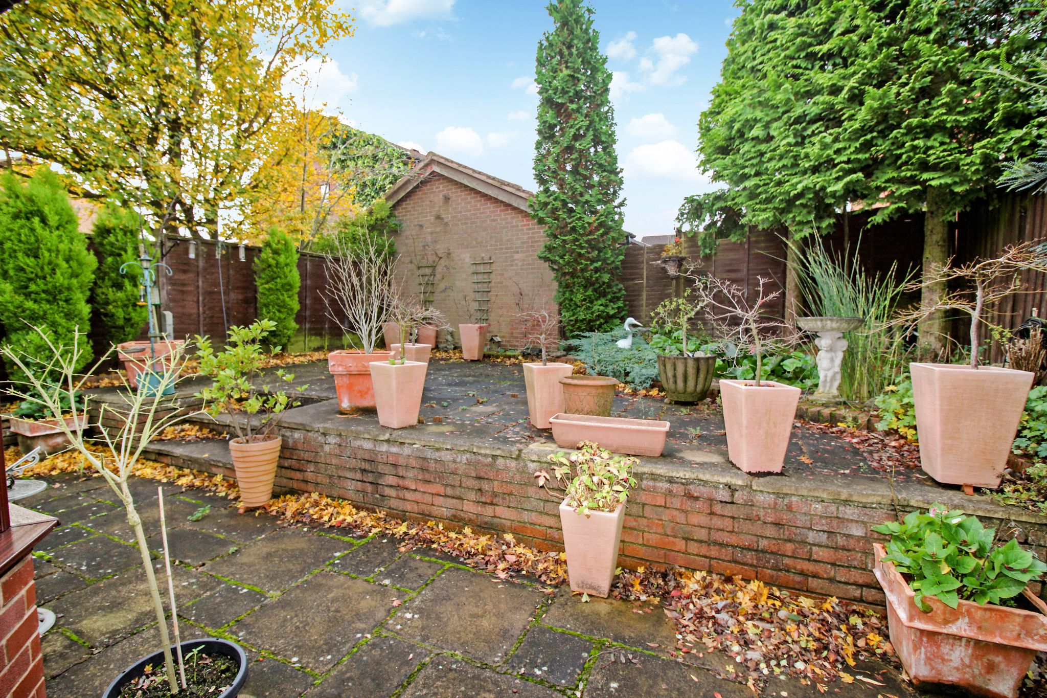 4 bedroom detached house SSTC in Solihull - Photograph 16.