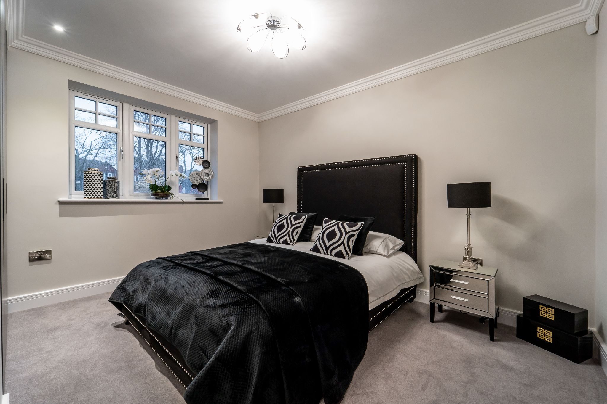 2 bedroom apartment flat/apartment SSTC in Solihull - Photograph 14.