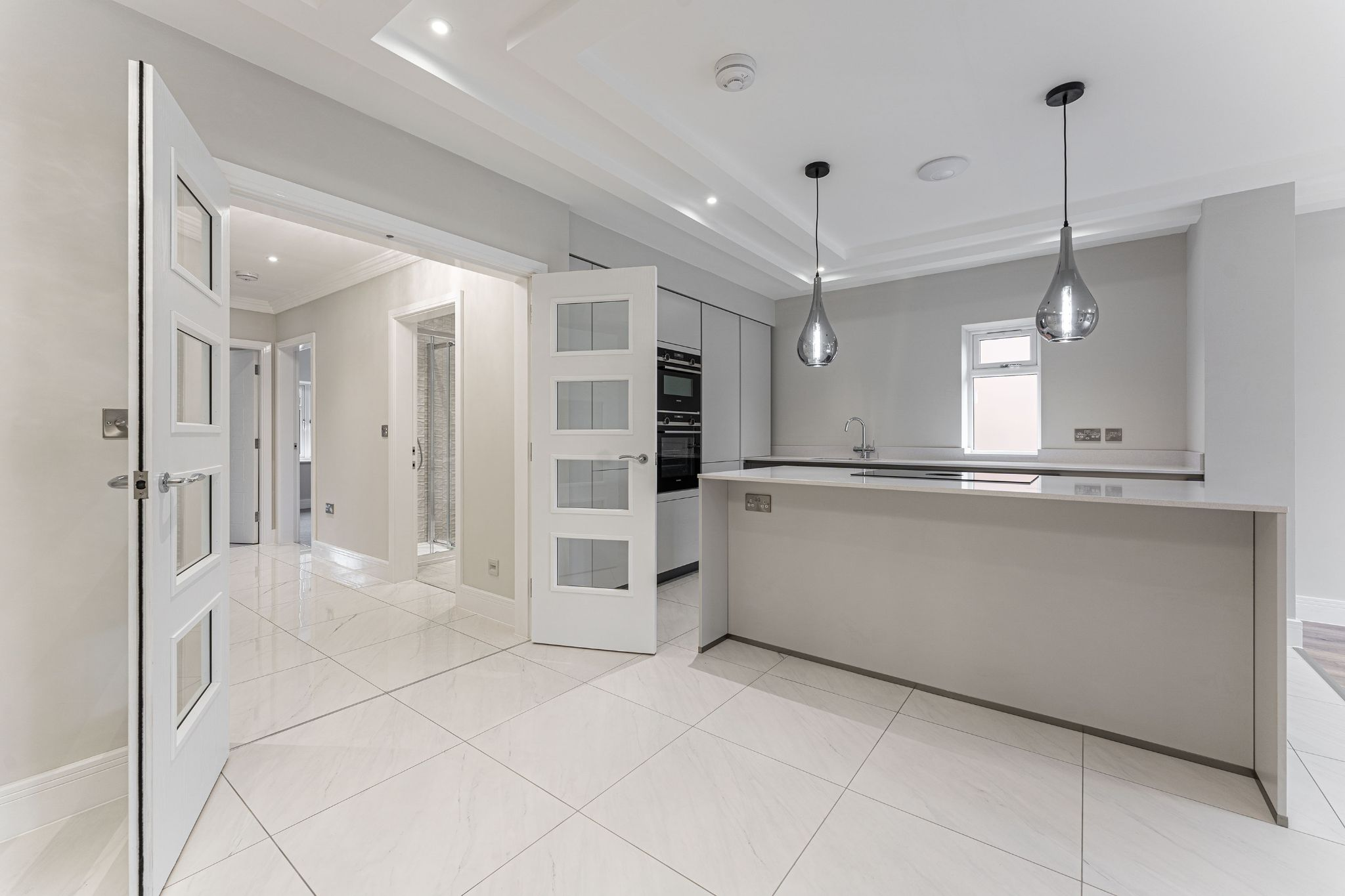 2 bedroom apartment flat/apartment SSTC in Solihull - Photograph 10.
