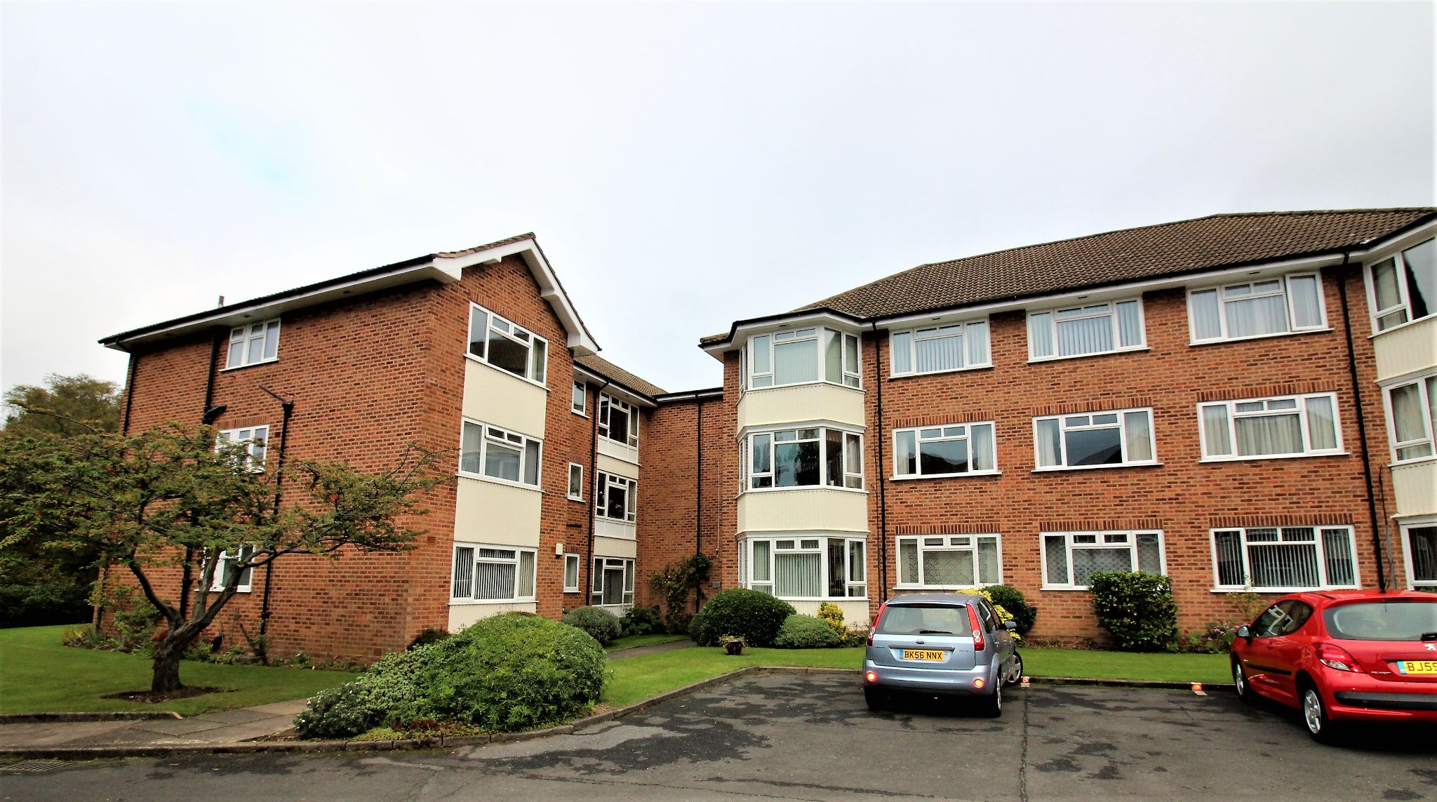 3 bedroom apartment flat/apartment Let Agreed in Solihull - Photograph 10.