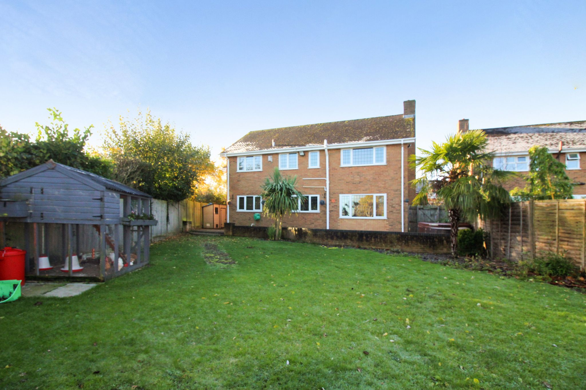 6 bedroom detached house SSTC in Solihull - Photograph 24.