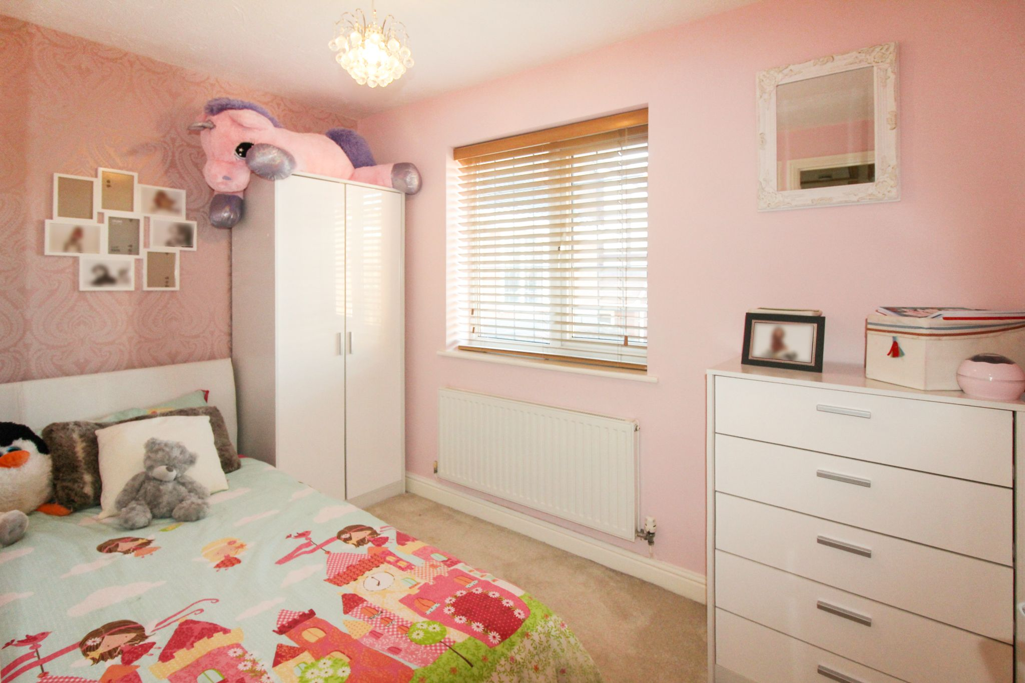 6 bedroom detached house SSTC in Solihull - Photograph 23.