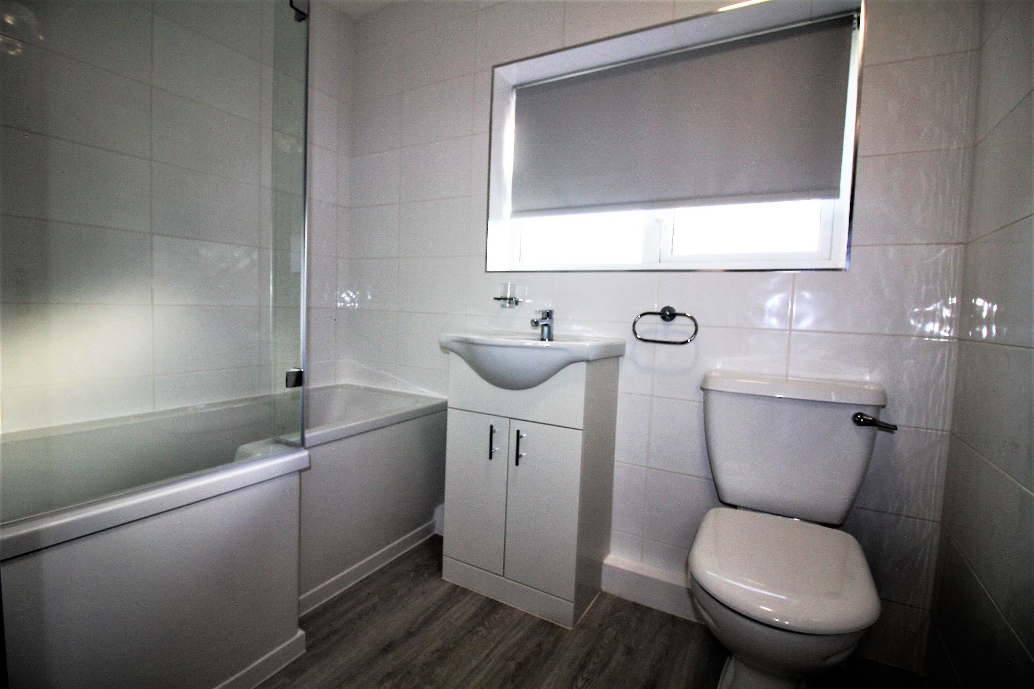 3 bedroom semi-detached house Let Agreed in Solihull - Photograph 12.