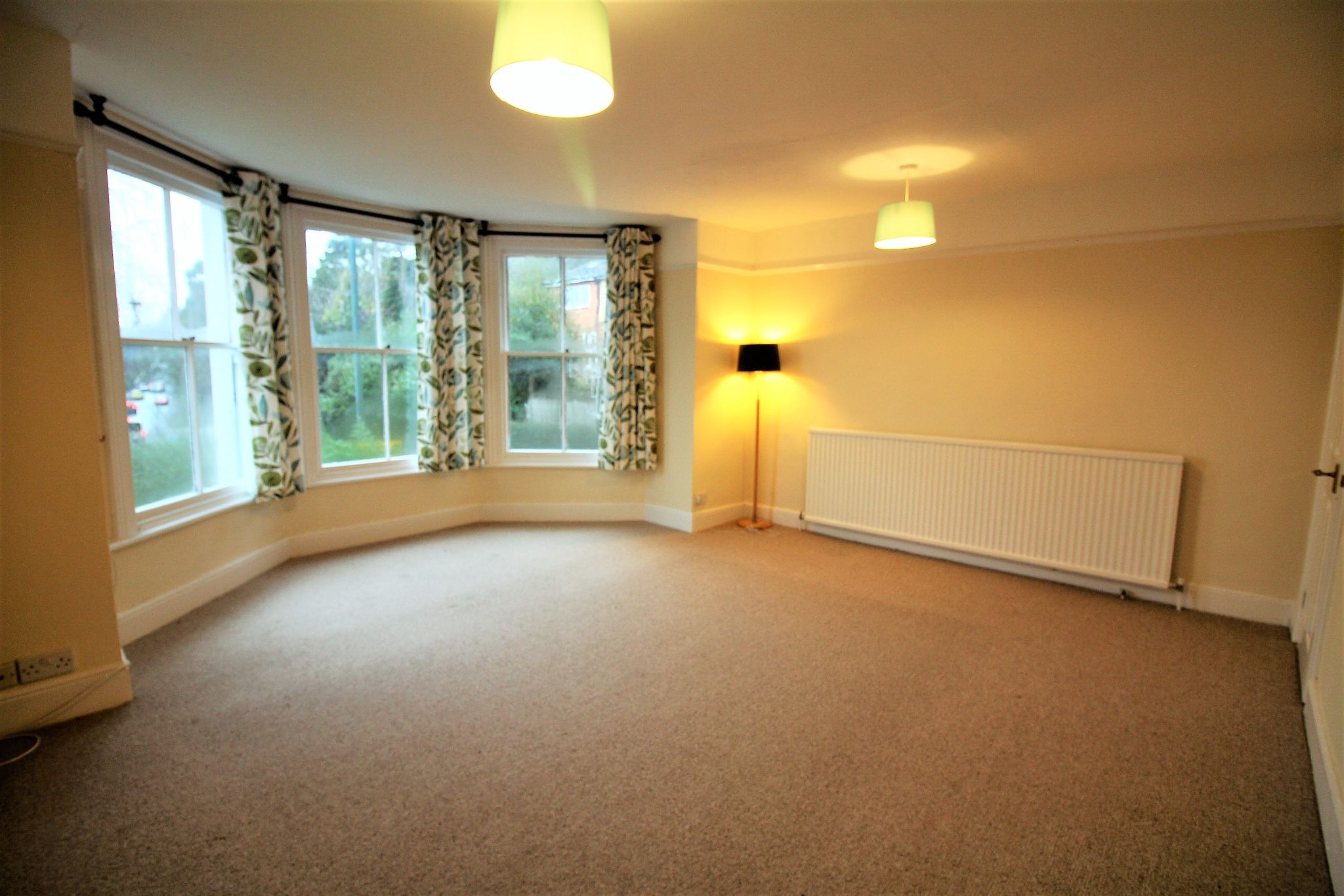 1 bedroom apartment flat/apartment For Sale in Malvern Hills - Property photograph.