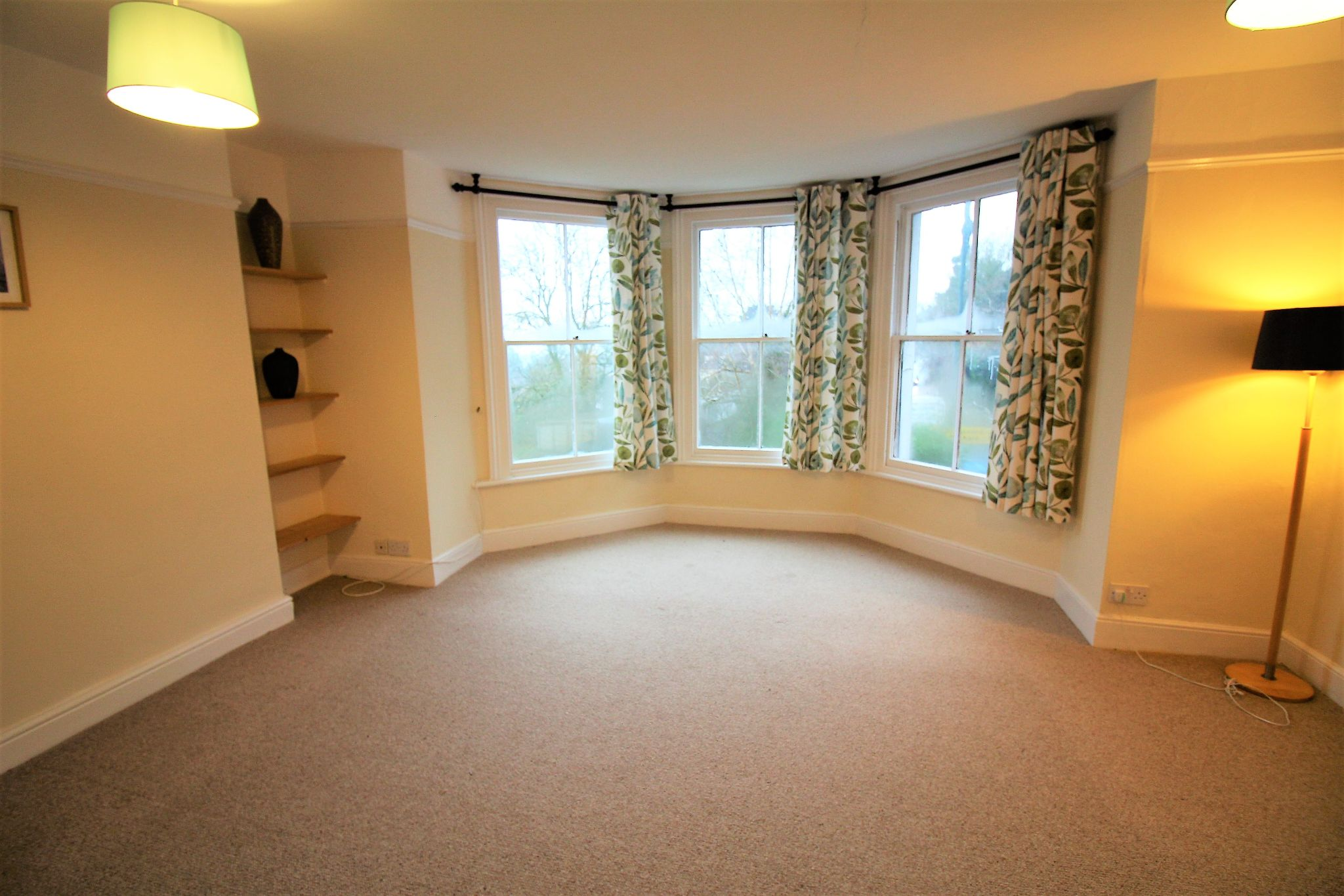 1 bedroom apartment flat/apartment For Sale in Malvern Hills - Photograph 4.