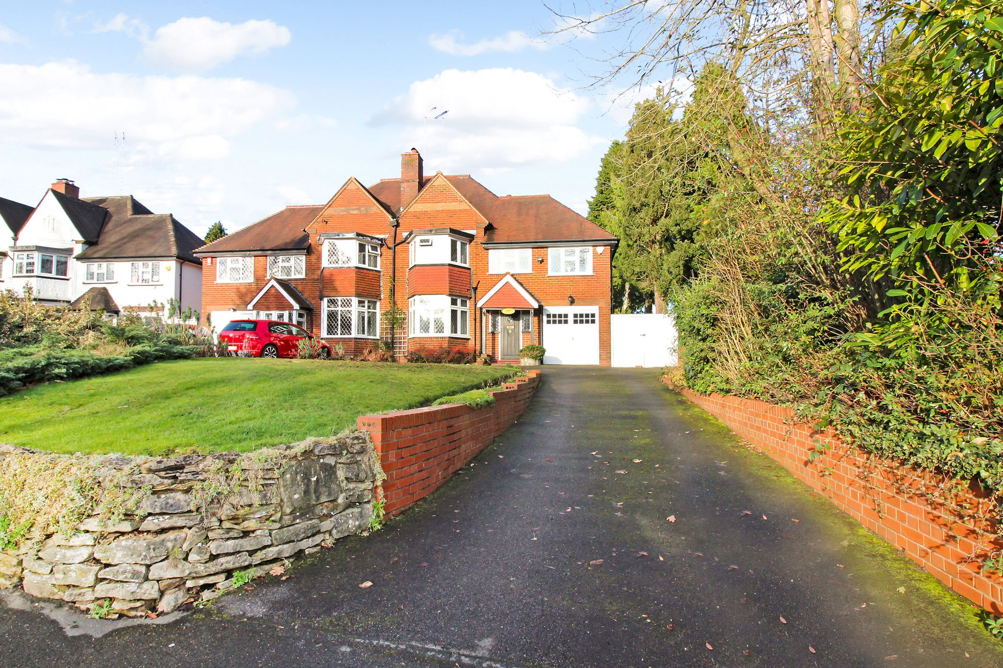 4 bedroom semi-detached house SSTC in Solihull - Photograph 16.