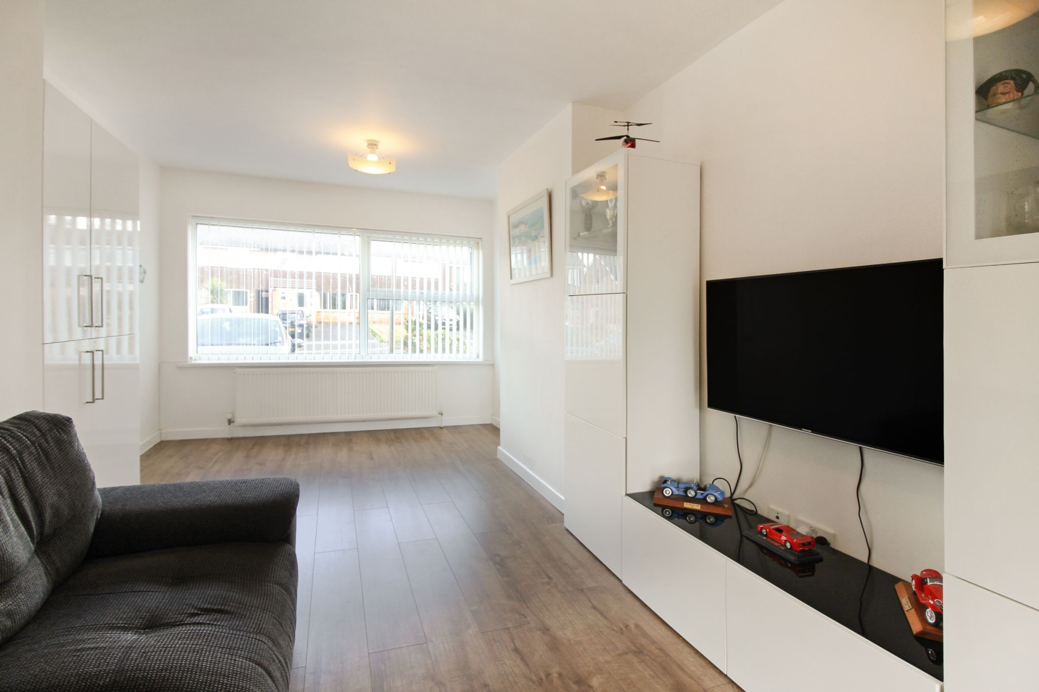 3 bedroom end terraced house For Sale in Solihull - Property photograph.