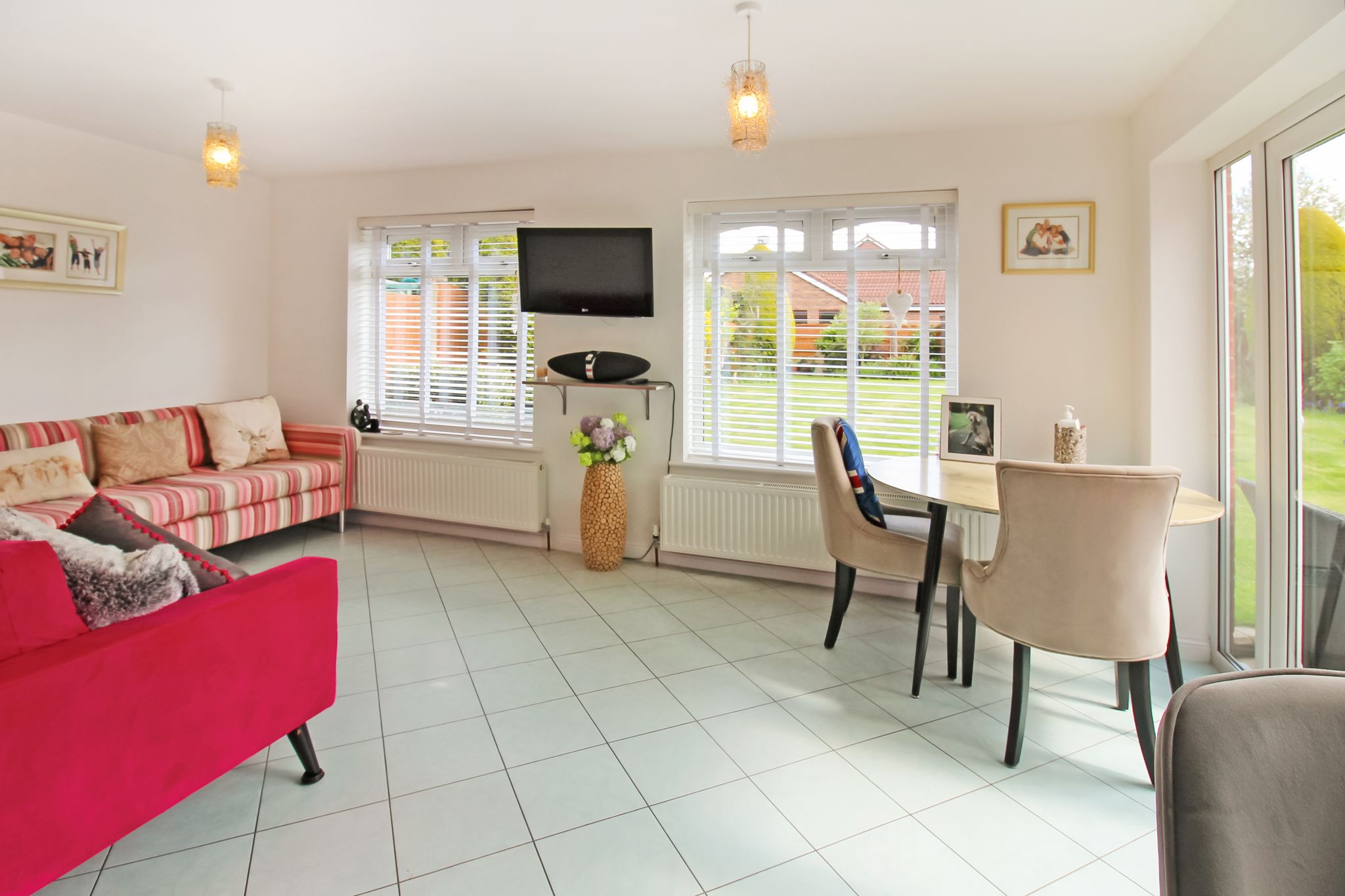 5 bedroom detached house SSTC in Solihull - Photograph 6.