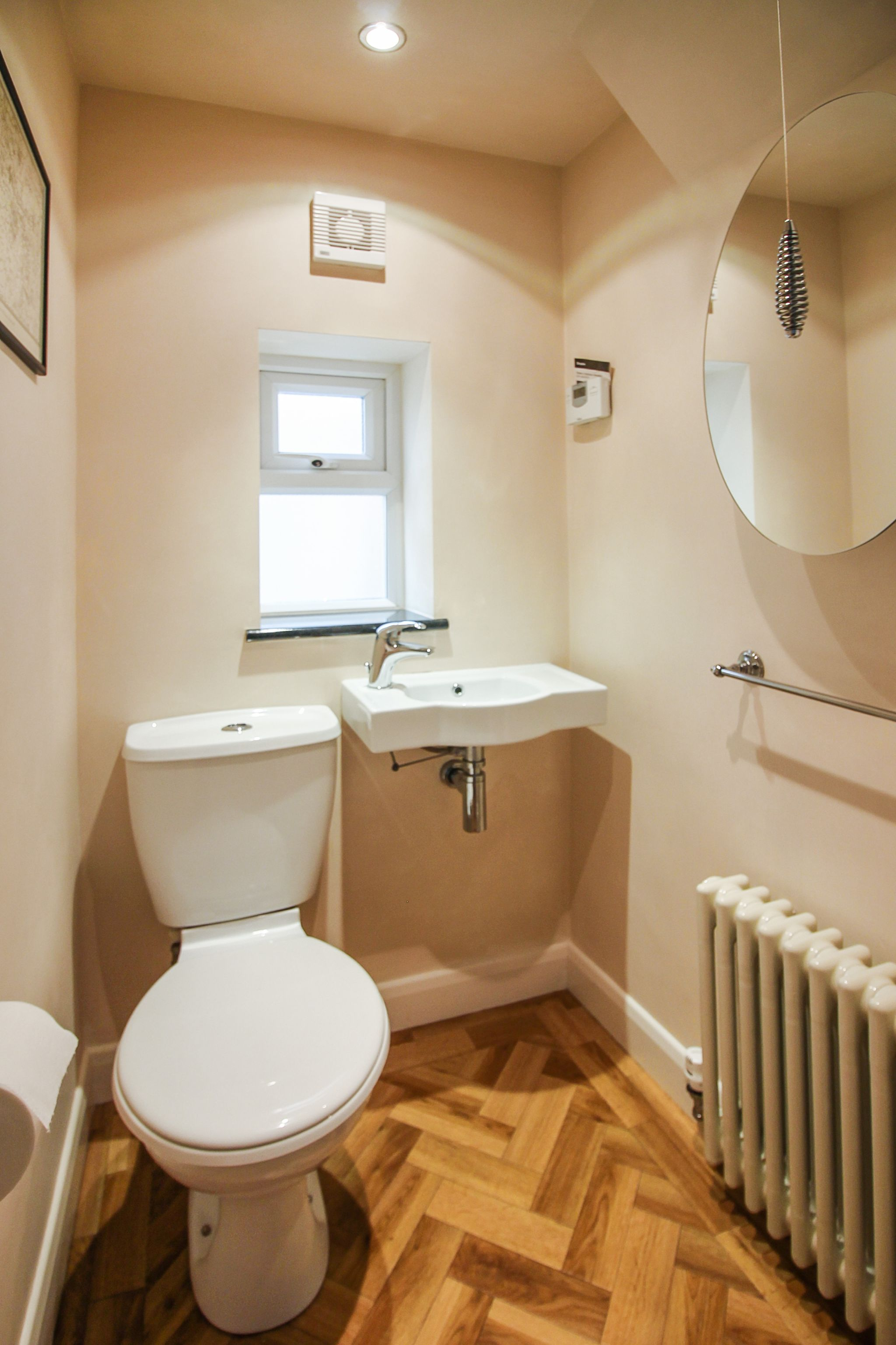 4 bedroom semi-detached house SSTC in Solihull - Photograph 7.