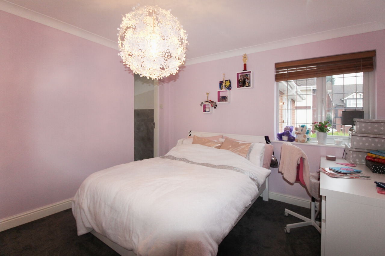 6 bedroom detached house For Sale in Solihull - Photograph 13.