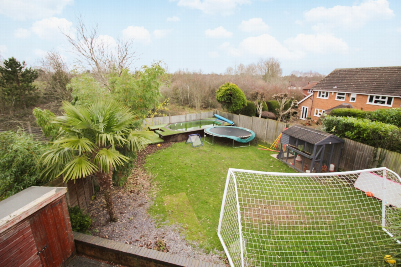 6 bedroom detached house For Sale in Solihull - Photograph 15.