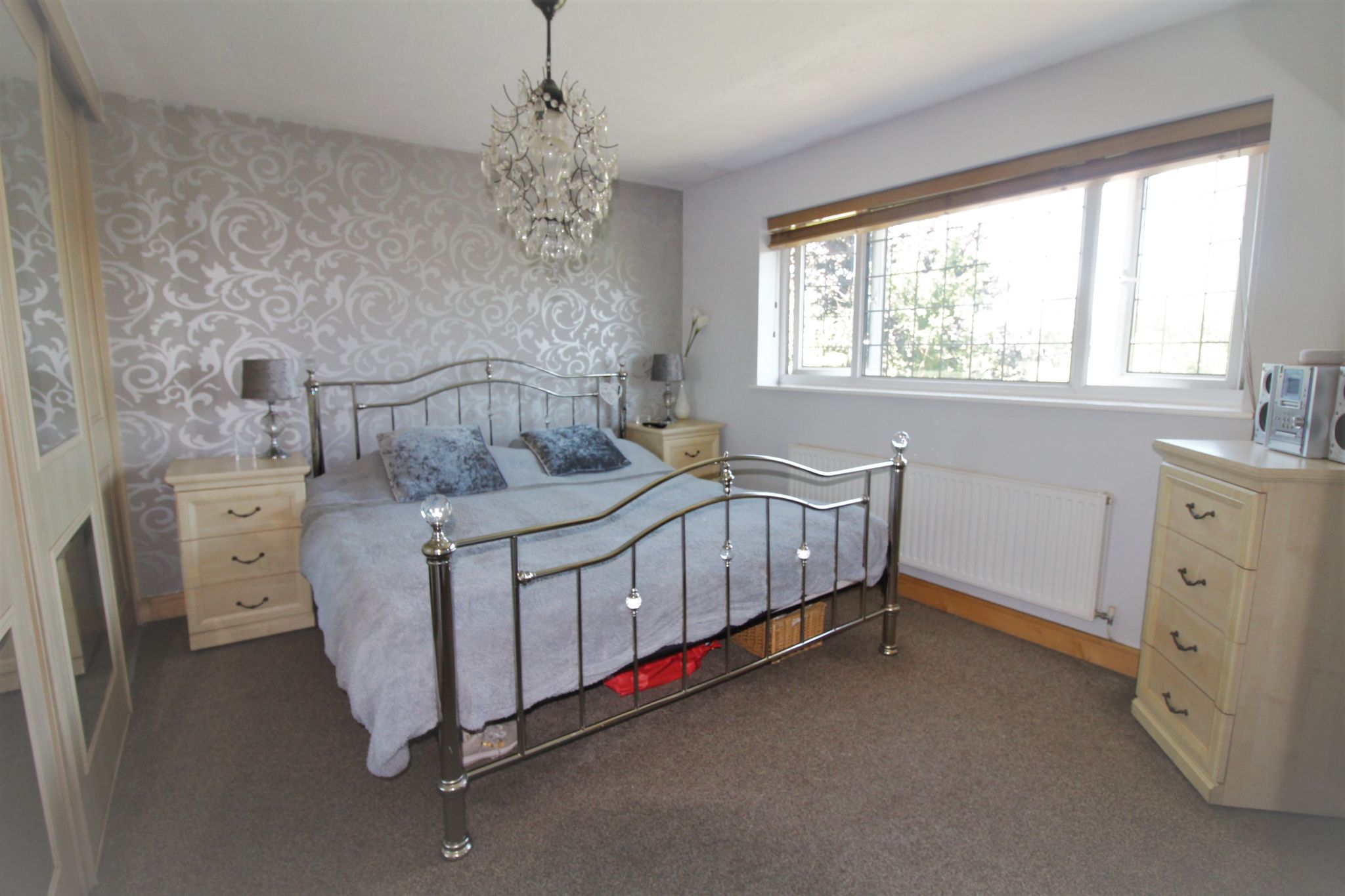 6 bedroom detached house For Sale in Solihull - Photograph 10.