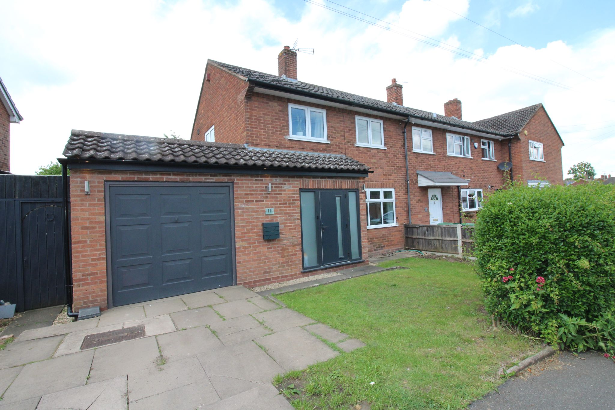 2 bedroom end terraced house For Sale in Birmingham - Photograph 1.