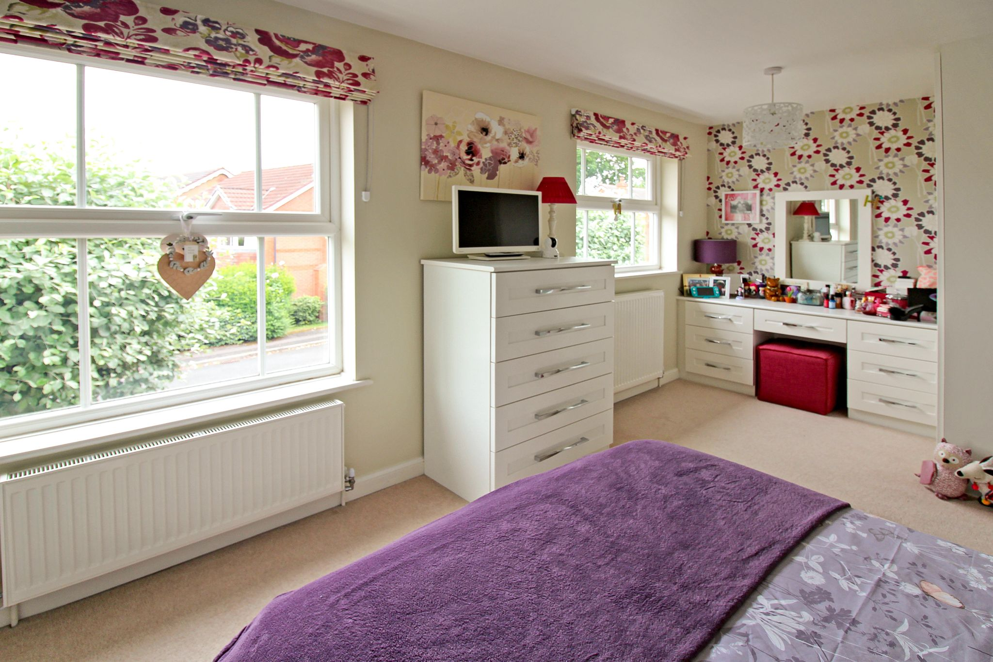 4 bedroom detached house SSTC in Solihull - Photograph 13.