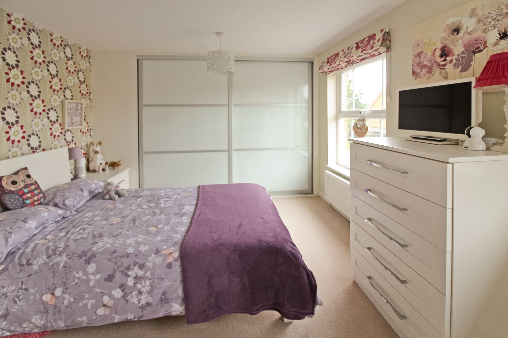 4 bedroom detached house SSTC in Solihull - Photograph 12.