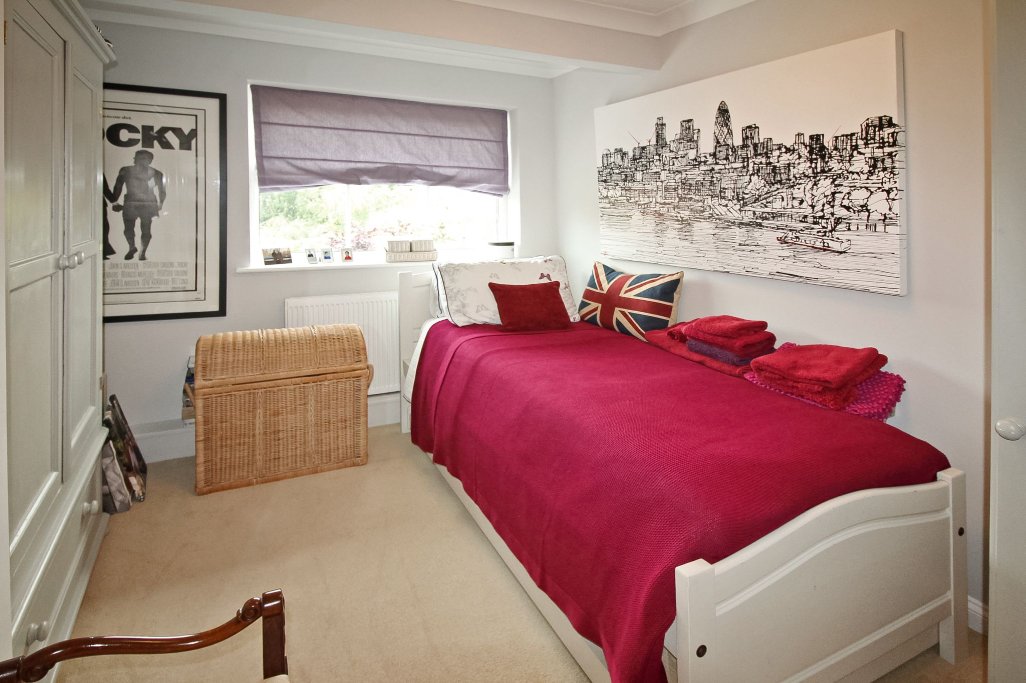 4 bedroom detached house For Sale in Solihull - Photograph 13.