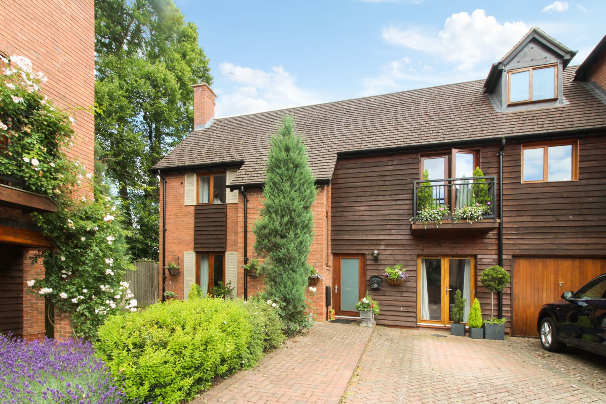 3 bedroom semi-detached house SSTC in Solihull - Photograph 1.