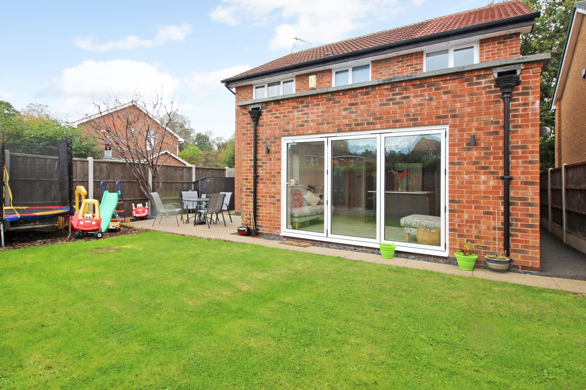 4 bedroom detached house For Sale in Solihull - Photograph 17.