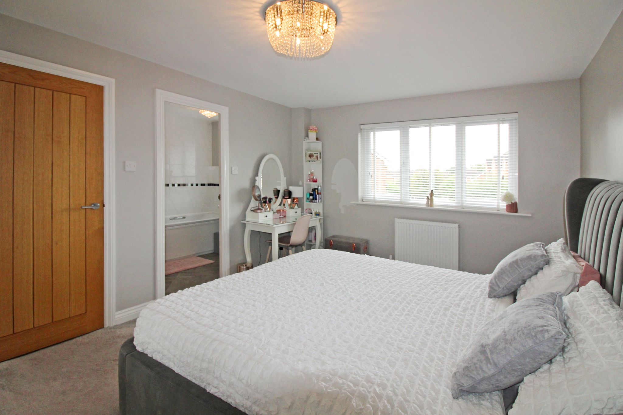 4 bedroom detached house For Sale in Solihull - Photograph 10.