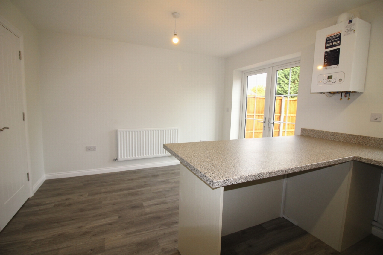 4 bedroom end terraced house Let Agreed in Birmingham - Photograph 5.