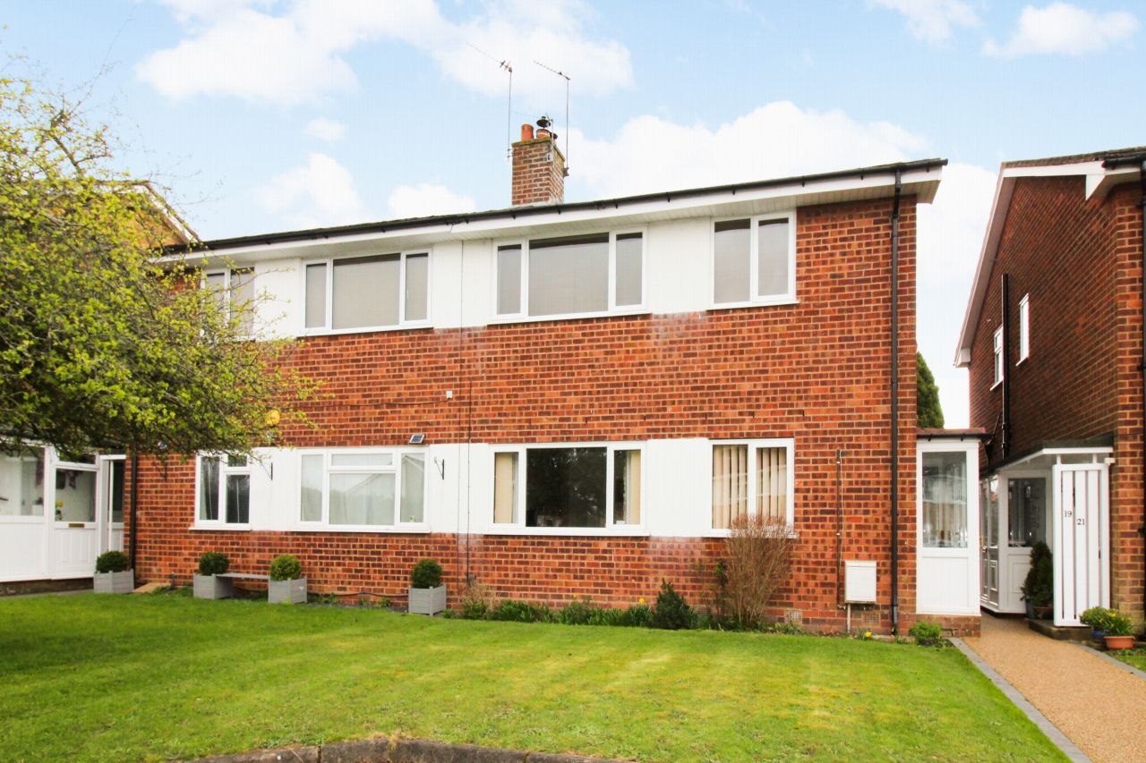 2 bedroom maisonette flat/apartment SSTC in Solihull - Photograph 1.