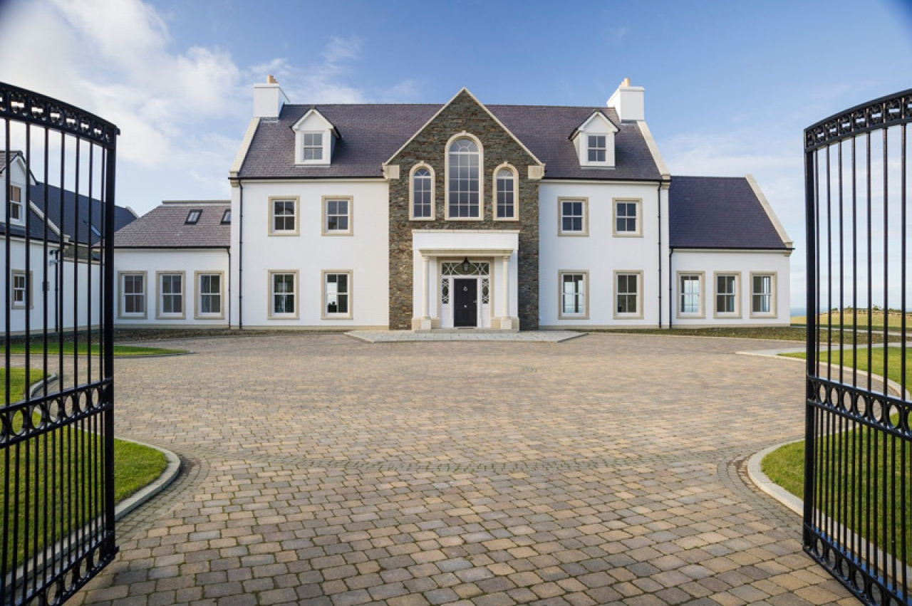 6 bedroom detached house For Sale in Kirk Michael - Property photograph