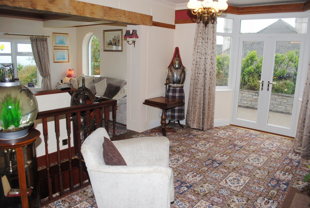 5 bedroom detached house For Sale in Baldrine - Property photograph