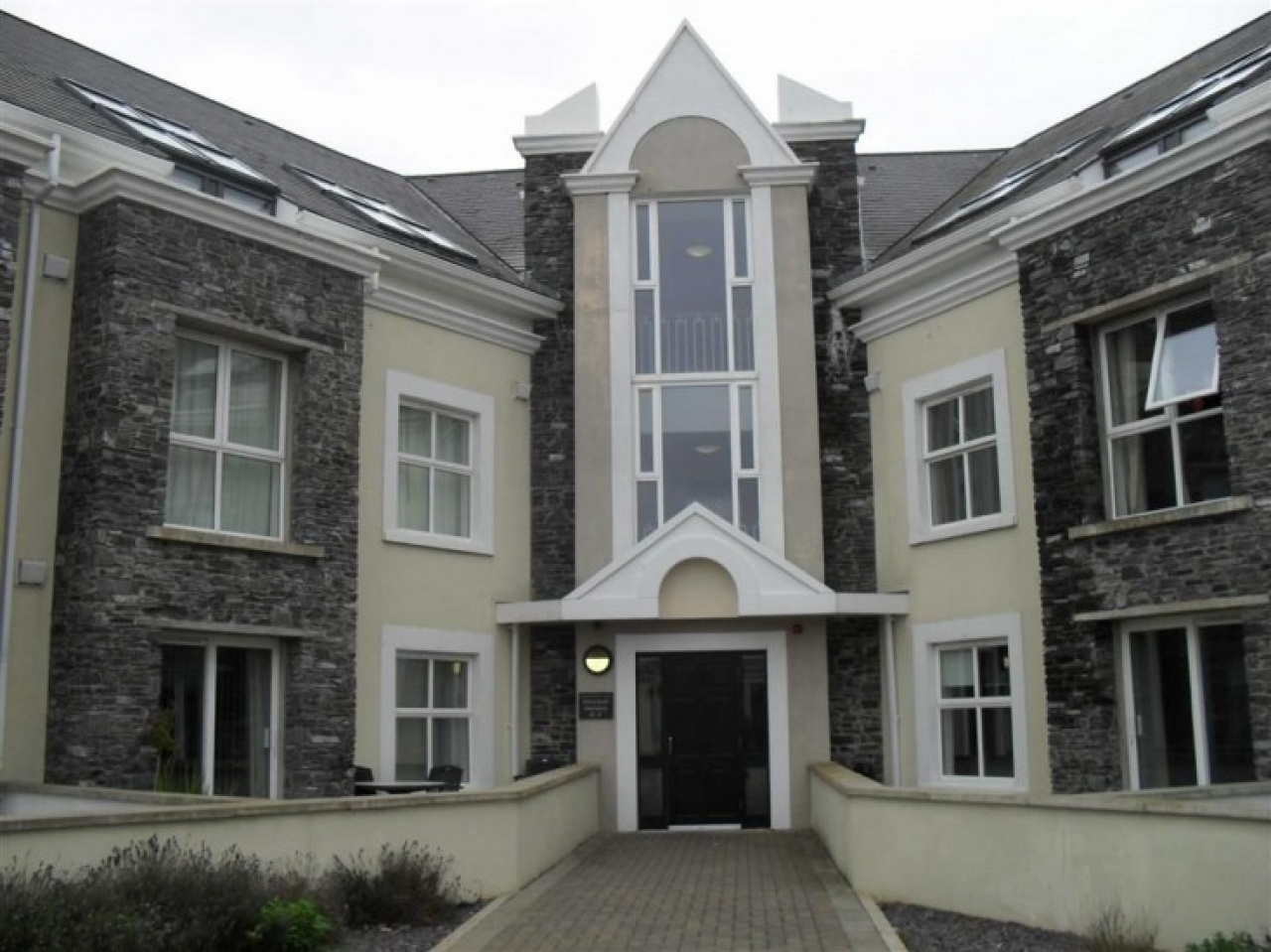1 bedroom apartment flat/apartment For Sale in Castletown - Photograph 1