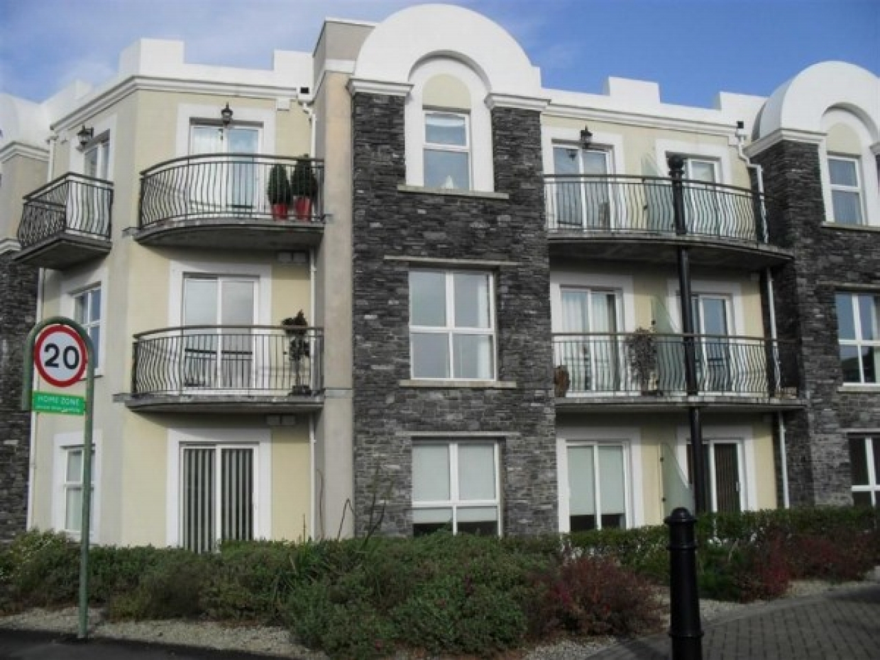 1 bedroom apartment flat/apartment For Sale in Castletown - Property photograph