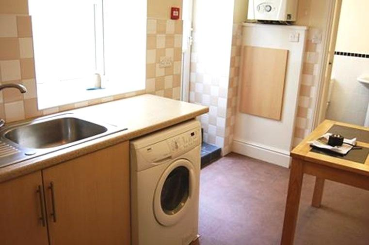 1 bedroom flat flat/apartment Let in Onchan - Property photograph