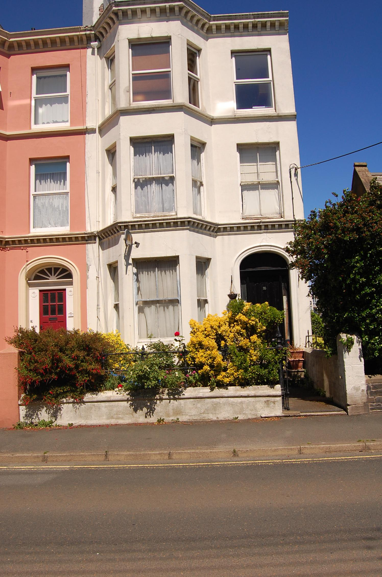 1 bedroom apartment flat/apartment Sold in Ramsey - Front