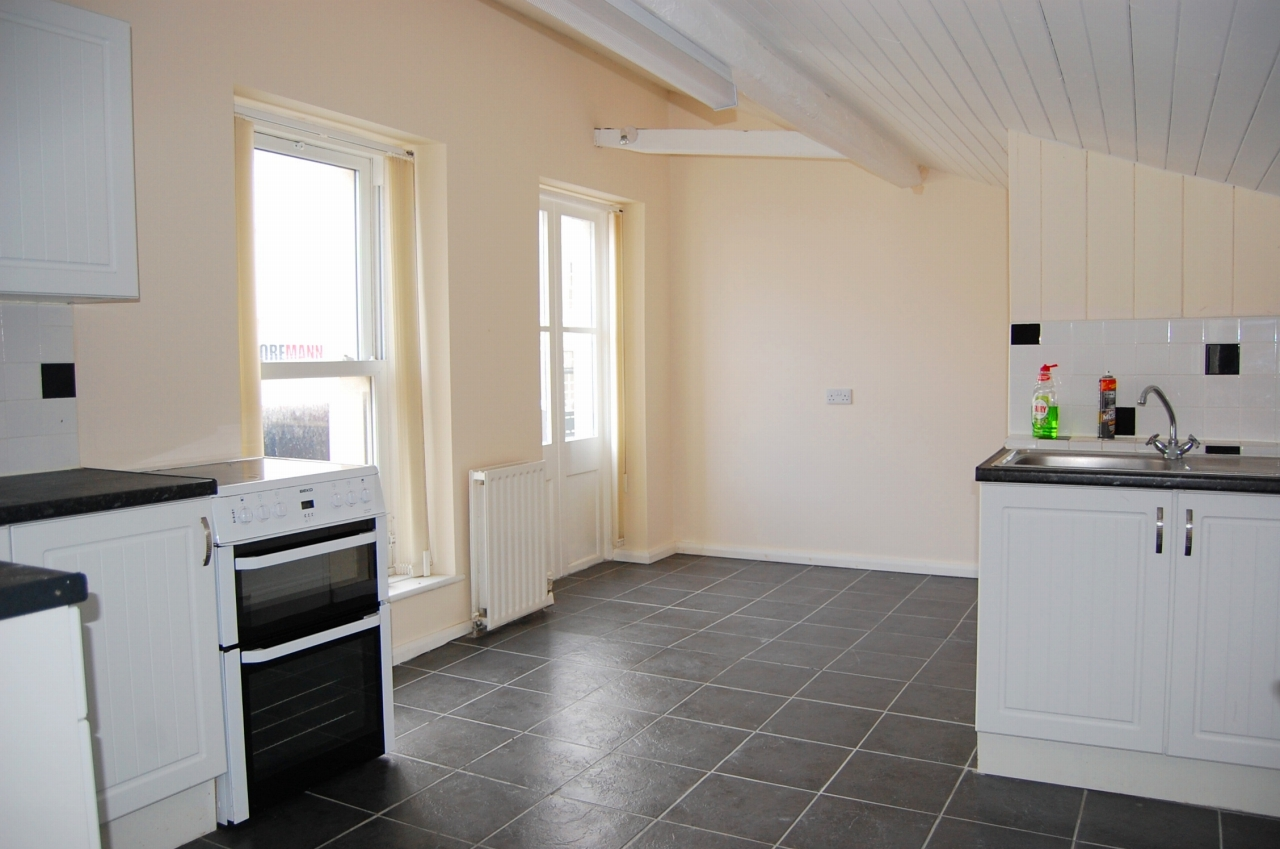 2 bedroom apartment flat/apartment Under Offer in Peel - Property photograph
