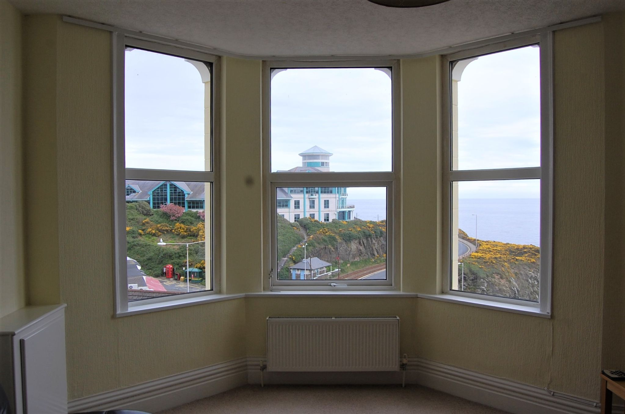 2 bedroom apartment flat/apartment Under Offer in Onchan - Property photograph
