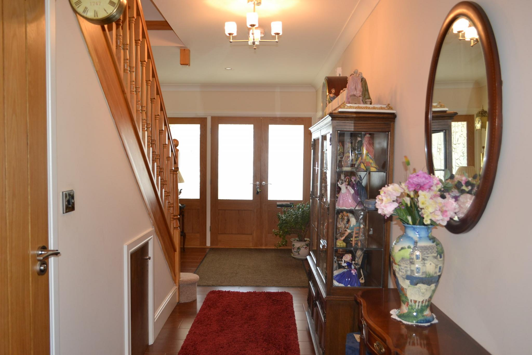 5 bedroom detached house For Sale in Port St Mary - Photograph 8