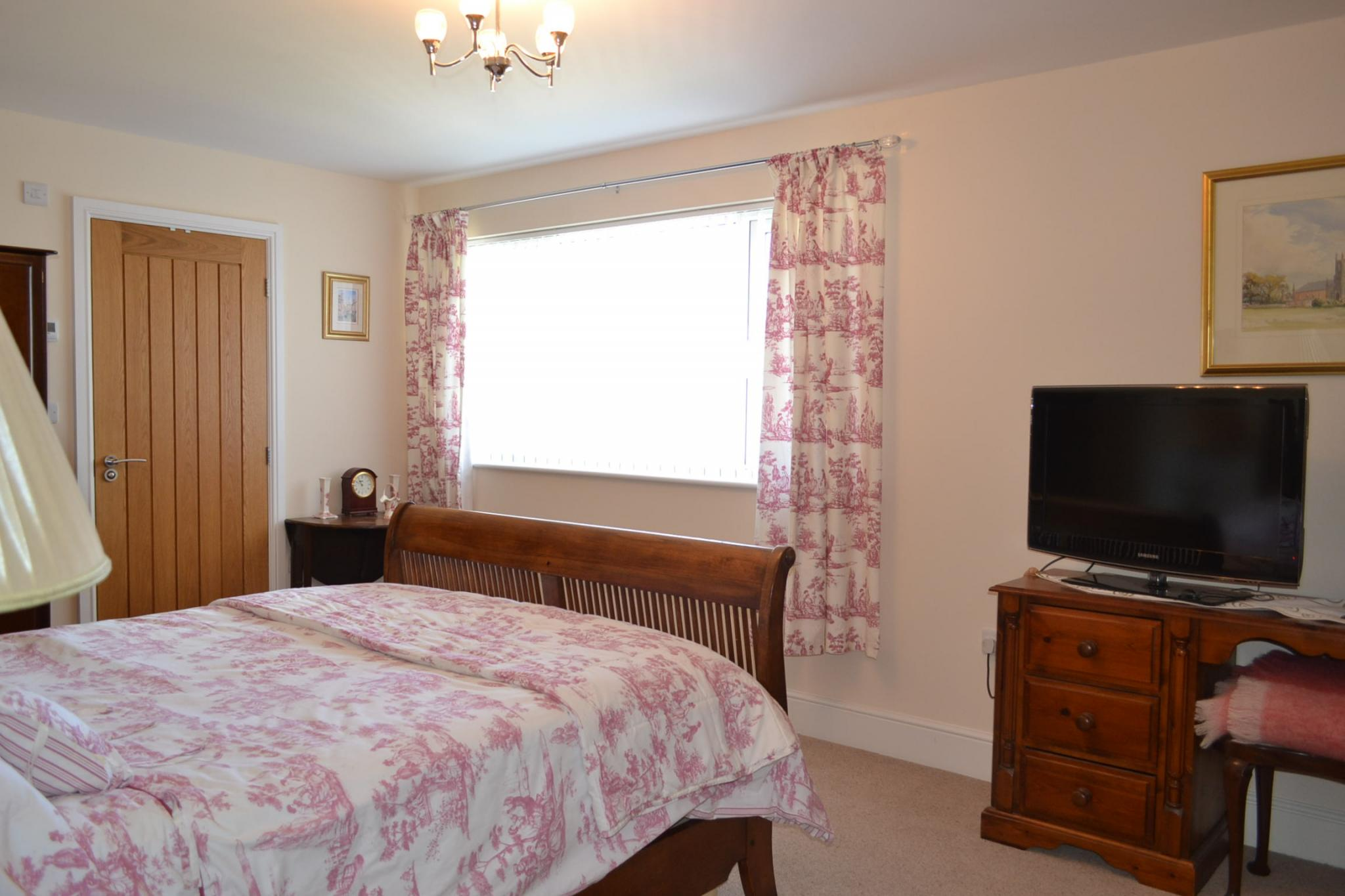 5 bedroom detached house For Sale in Port St Mary - Photograph 19