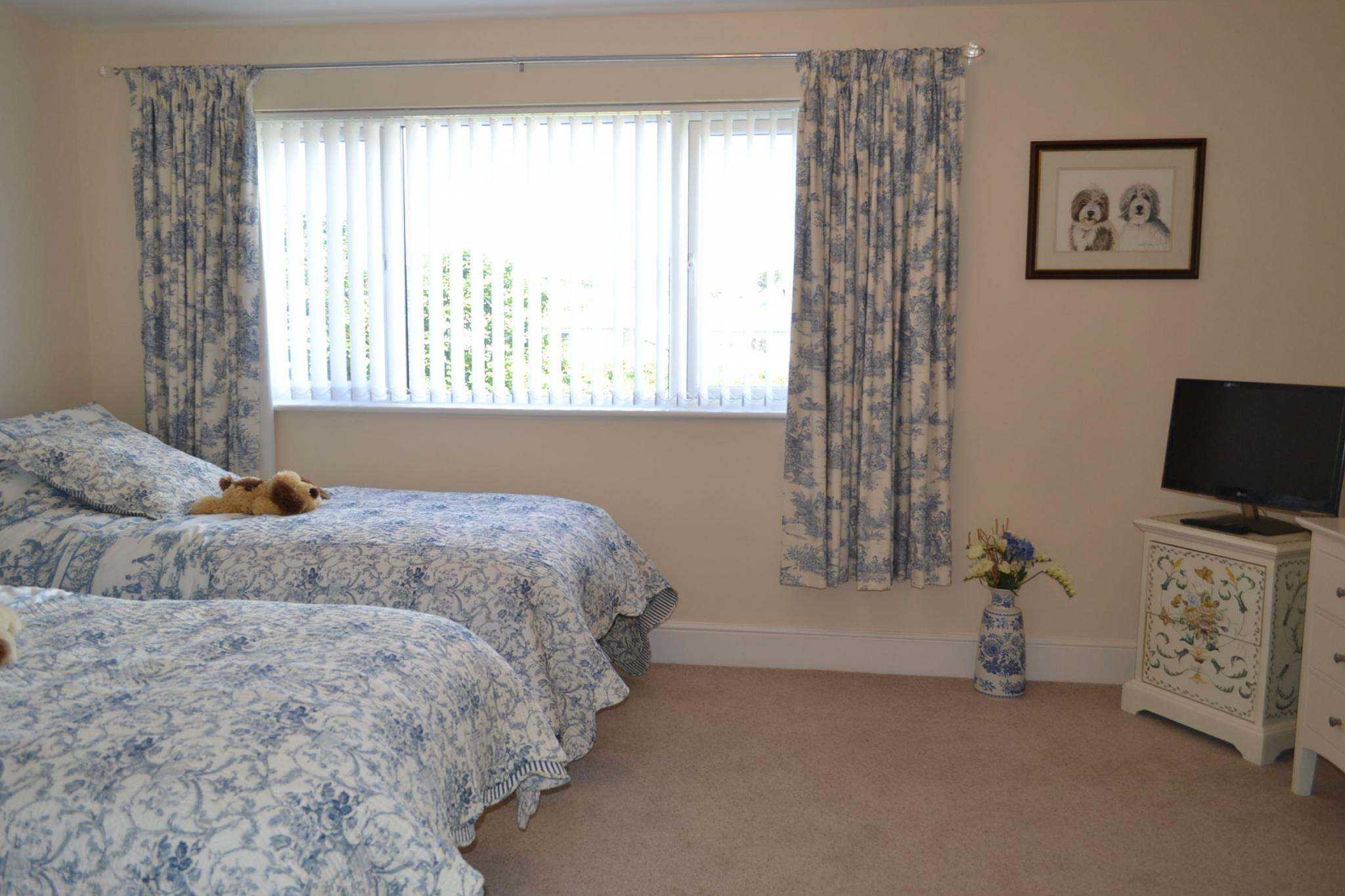 5 bedroom detached house For Sale in Port St Mary - Photograph 22