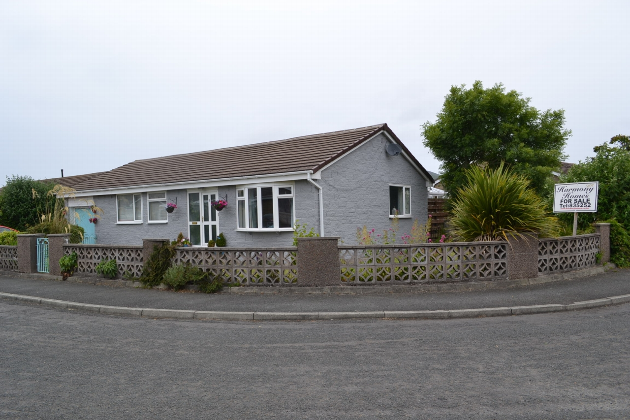 3 bedroom detached bungalow For Sale in Port Erin - 1