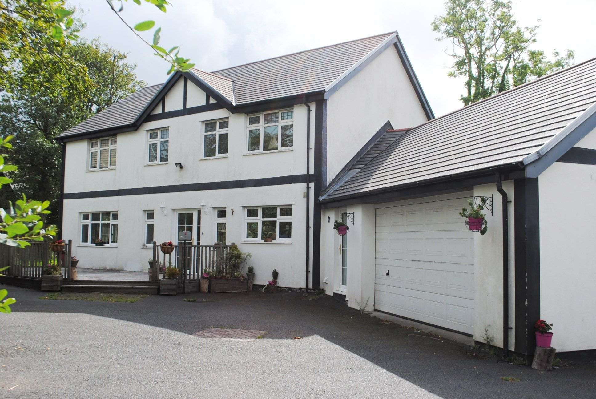 4 bedroom detached house Sold in Mount Murray - Photograph 1
