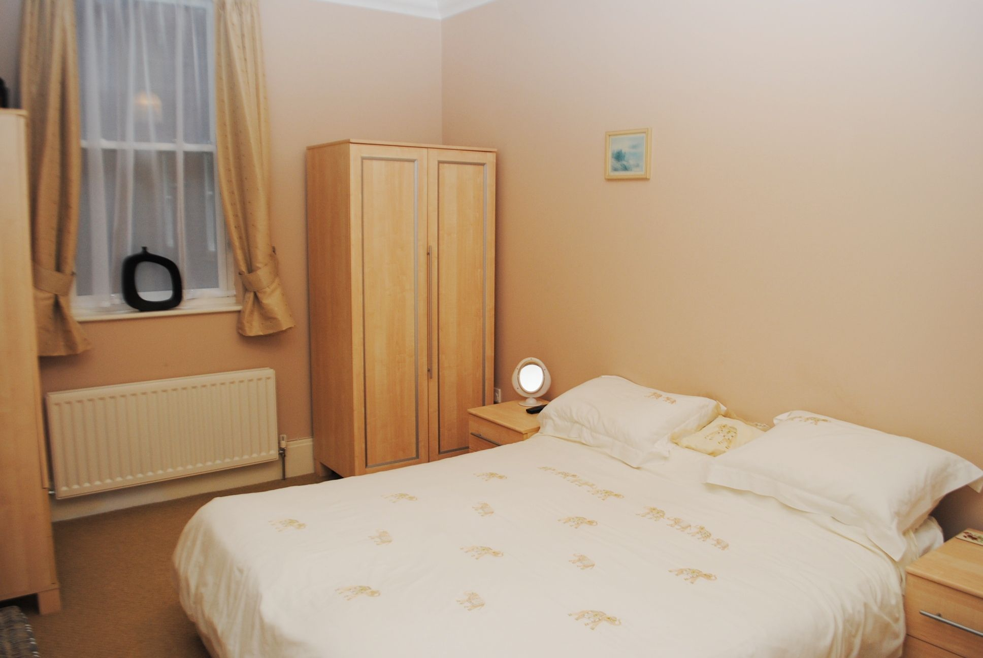 2 bedroom apartment flat/apartment For Sale in Douglas - Property photograph