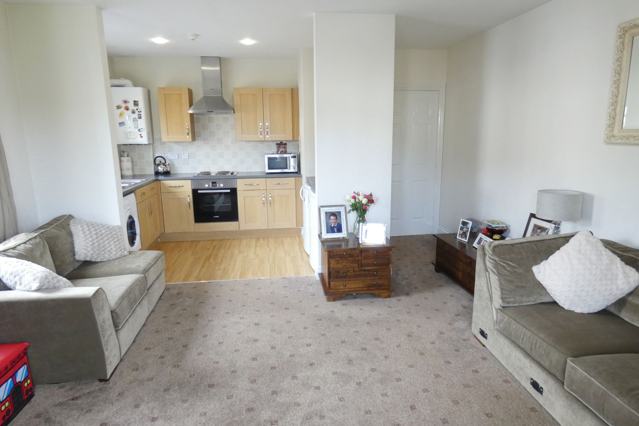 2 bedroom apartment flat/apartment Under Offer in Crosby - Property photograph