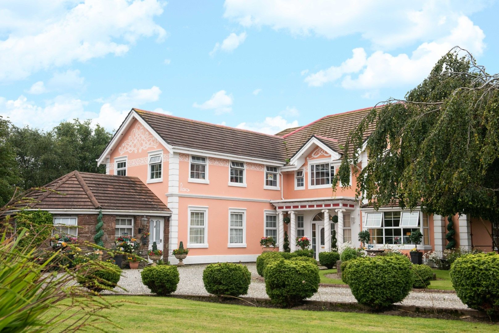 6 bedroom detached house For Sale in Peel - Photograph 1