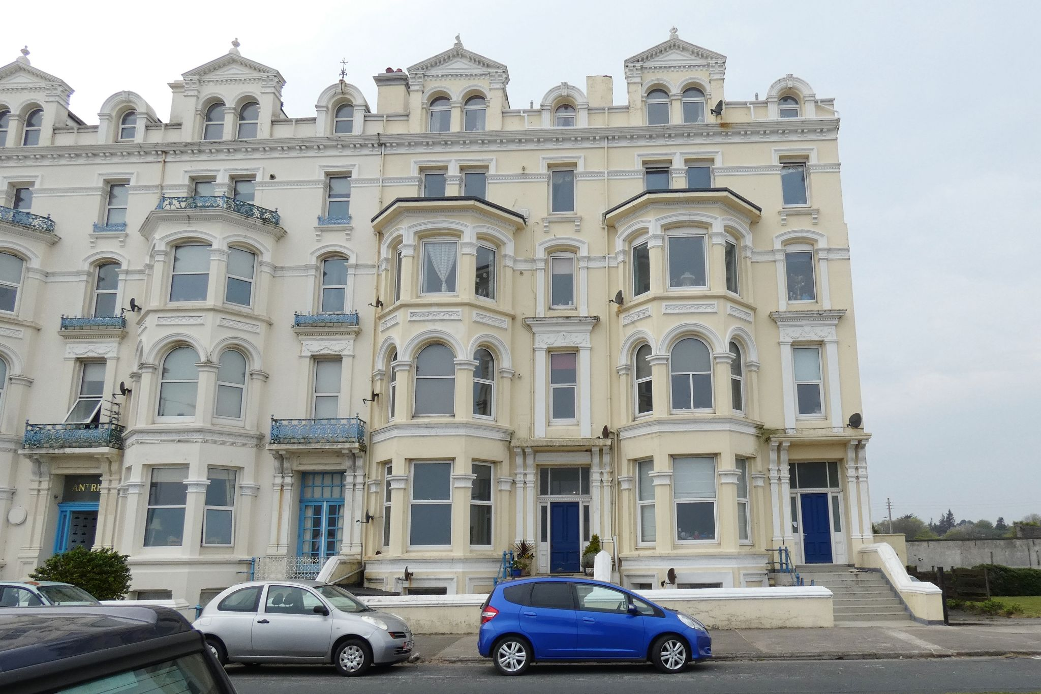 1 bedroom apartment flat/apartment For Sale in Ramsey - Photograph 1