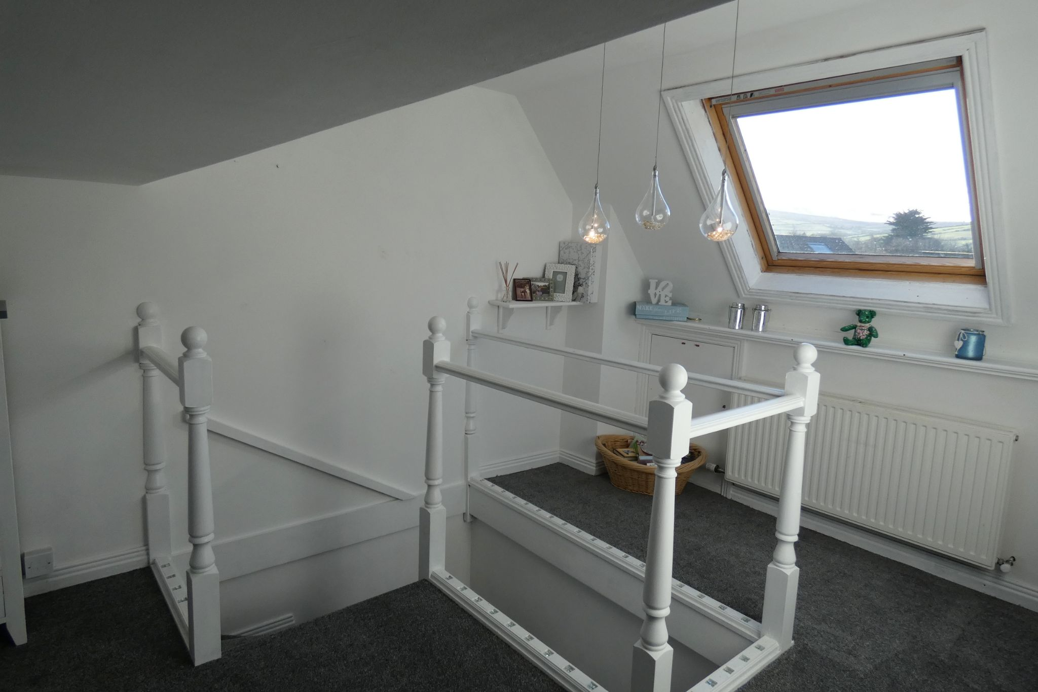 3 bedroom mid terraced house For Sale in St Johns - Property photograph