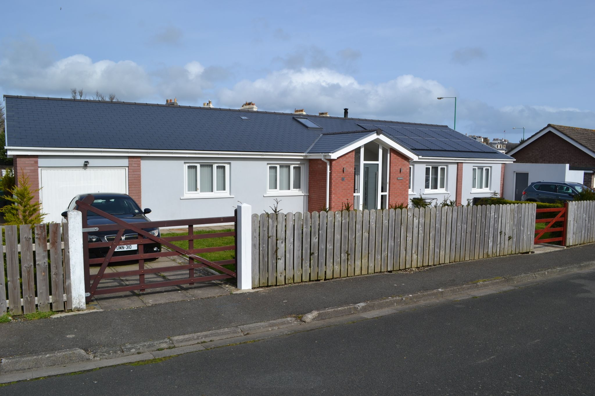 4 bedroom detached bungalow Sold in Castletown - Photograph 1