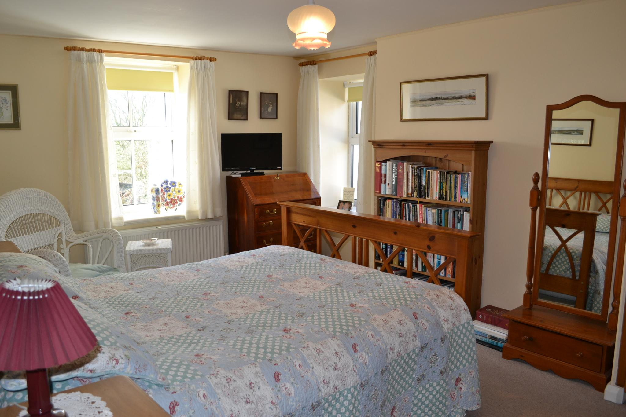 3 bedroom detached house For Sale in Colby - Property photograph