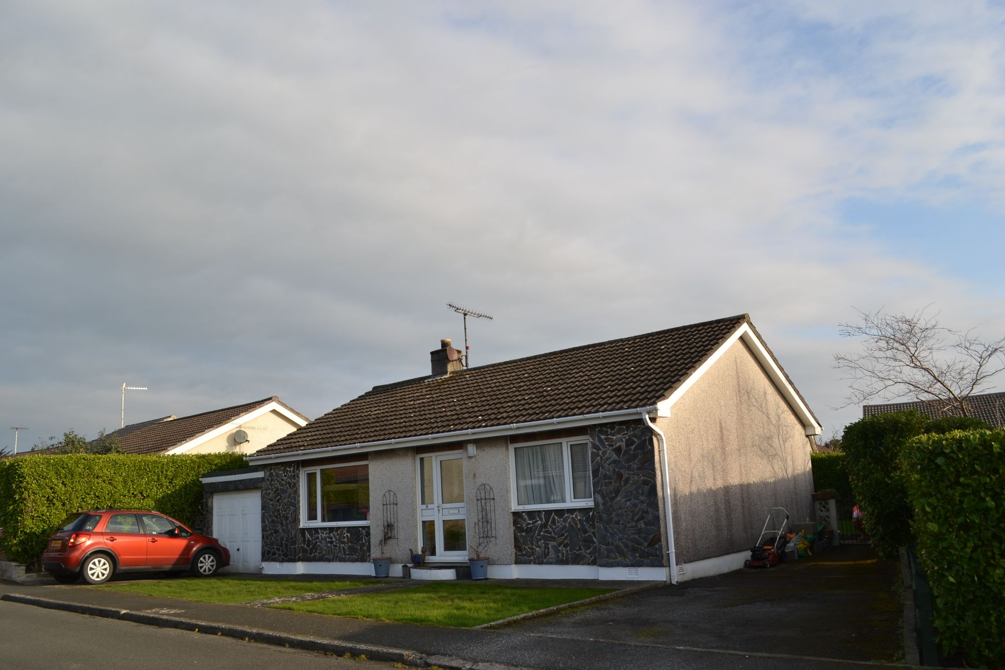 2 bedroom detached bungalow For Sale in Ballasalla - Property photograph