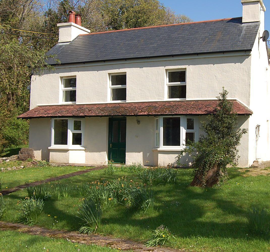 4 bedroom farm house To Let in Ballaugh - Photograph 1
